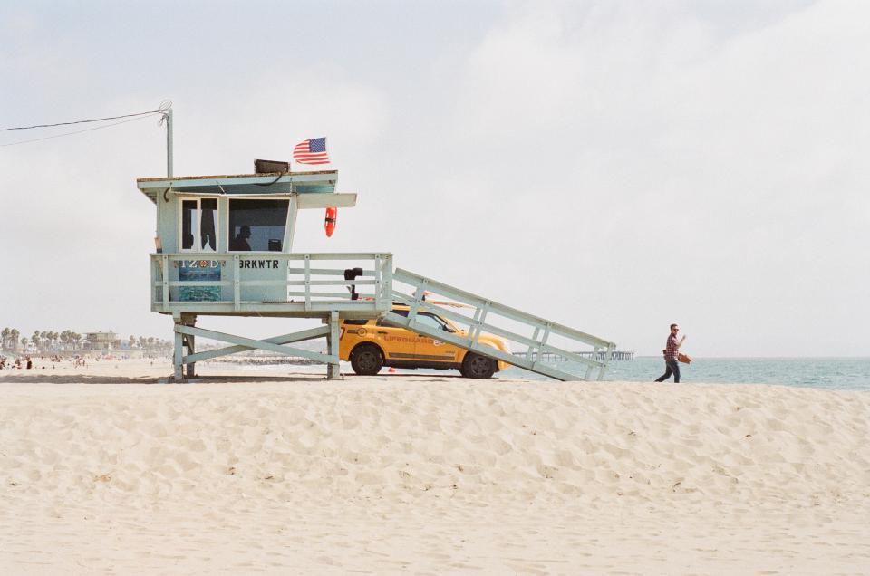 beach, sand, lifeguard, truck, suv, flag, usa, american, ocean, man, sunshine, summer, venice