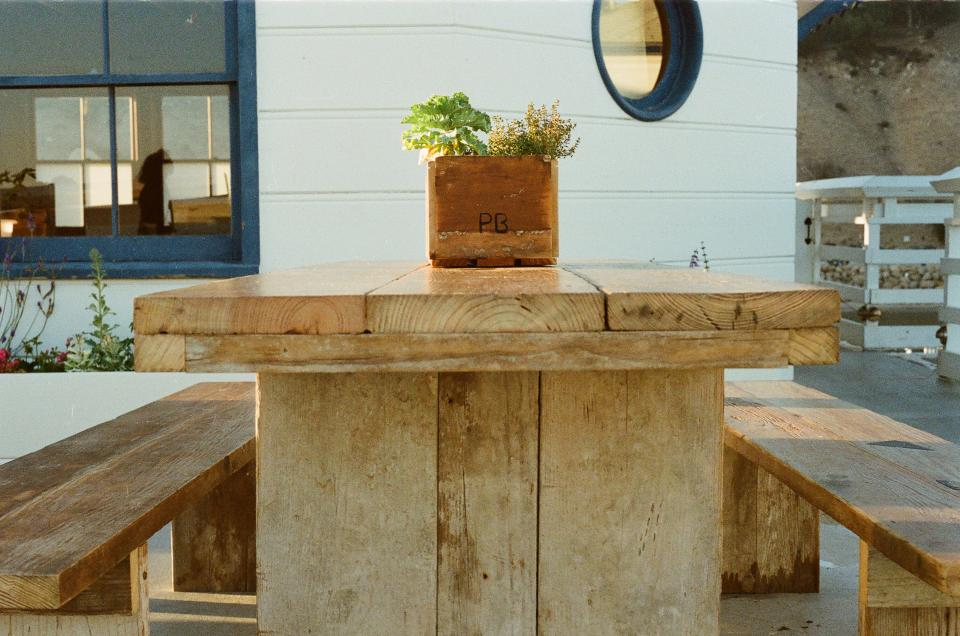 wood, picnic table, bench, pier, malibu, plant, windows