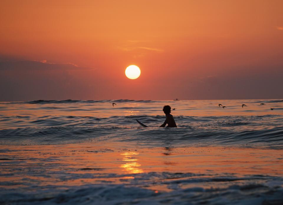 nature, sunset, sun, surf, beach, ocean, sea, doves, bird, man, people, silhouette, water, beach, travel