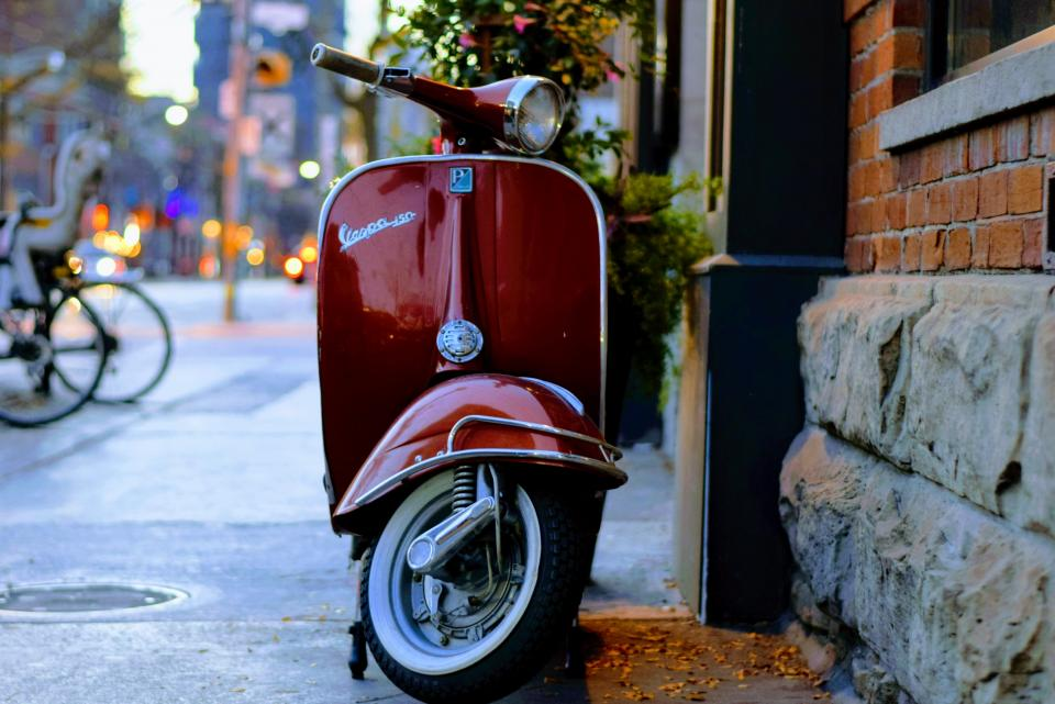 motorcycle, vehicle, city, parking, building, wall, light, bokeh, road