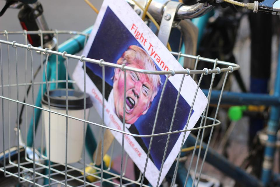 bicycle, travel, outdoor, basket, cup, picture, photo, trump, angry, shouting, coffee, bokeh