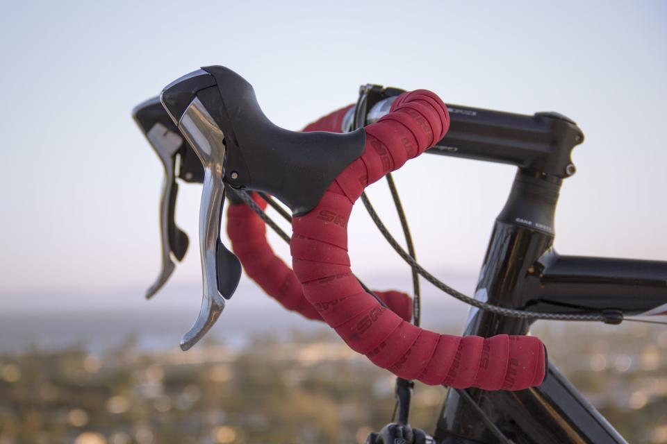 speed bike bicycle sports handlebars brakes cycling