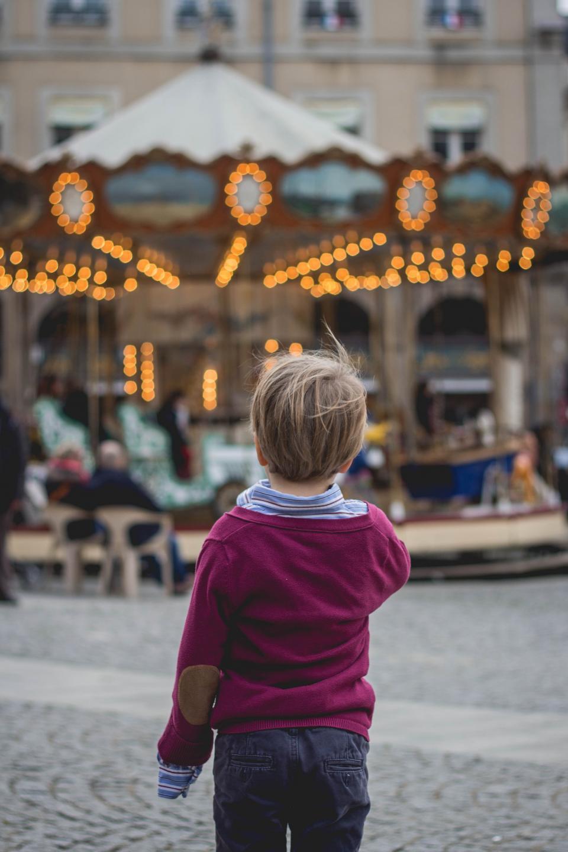 people, child, park, alone, carousel
