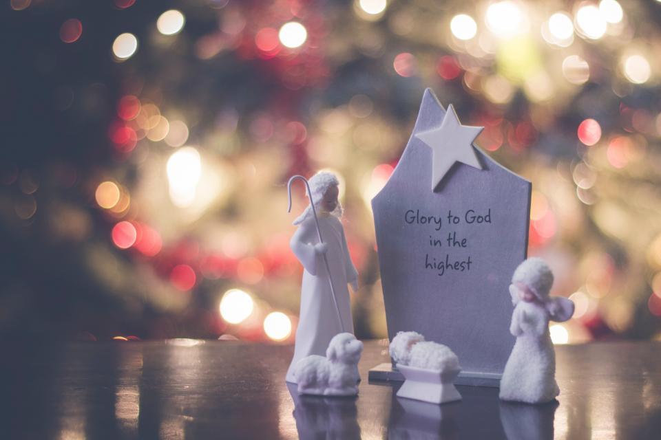 christmas, decor, angel, sheep, star, display, sculpture, lights, bokeh, blur