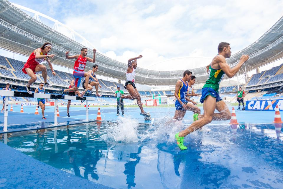 people, men, athletics, sport, running, track and field, olympic, games, water, stadium, gymnasium, sky, clouds, event