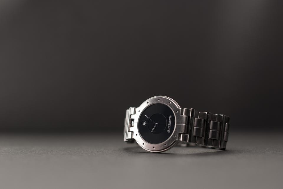 still items things wrist watch time circle silver studio shot bokeh