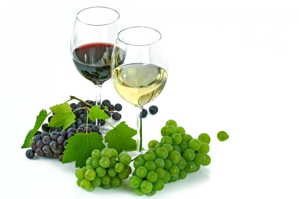 green, grapes, fruit, food, red, white, wine, glass, drink, beverage