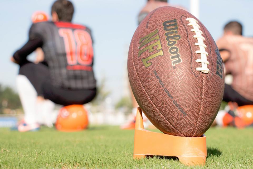 people, team, group, athletes, football, wilson, nfl, sports