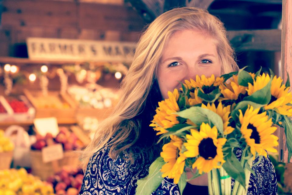 sunflower bunch people girl smile happy grocery store market fruits