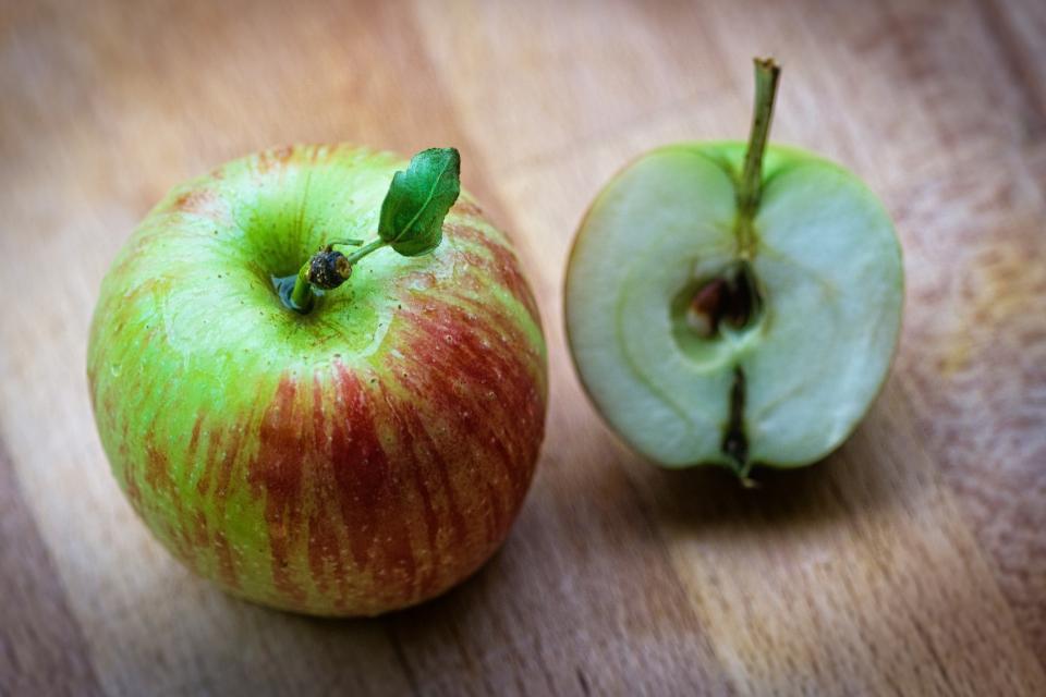 red, apple, fruit, food, juicy, health, seed