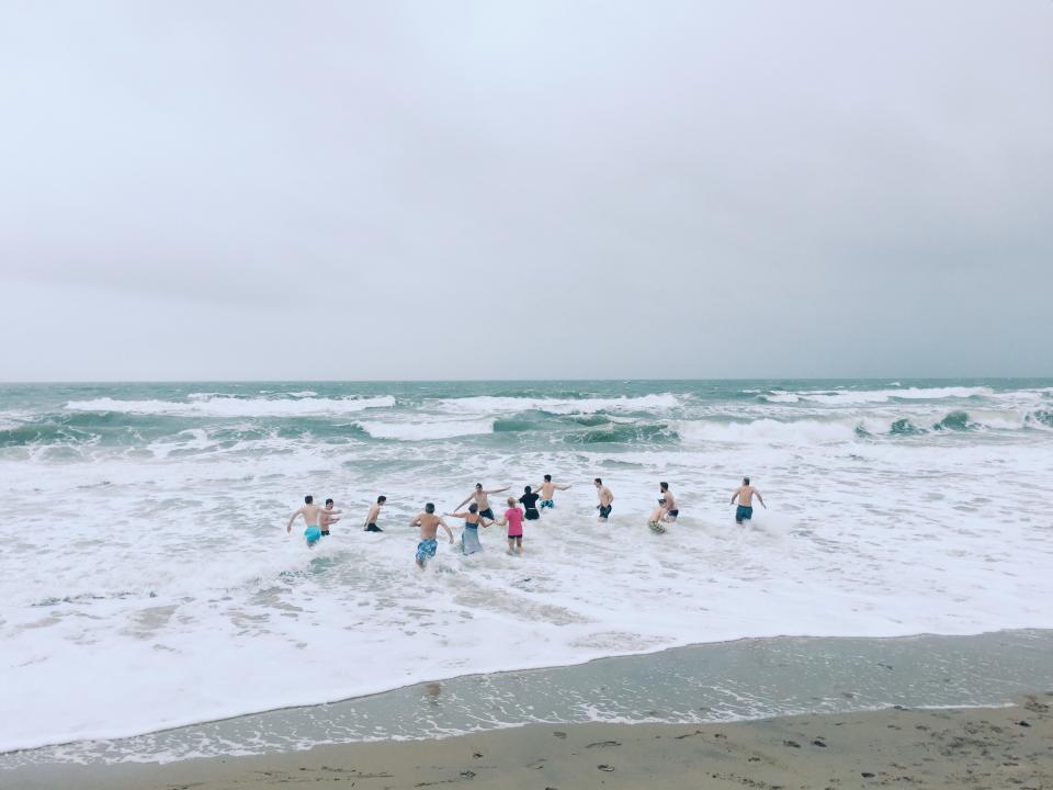sea, ocean, water, waves, nature, beach, coast, shore, people, friends, family, vacation, outdoor, travel, adventure, swimming, horizon