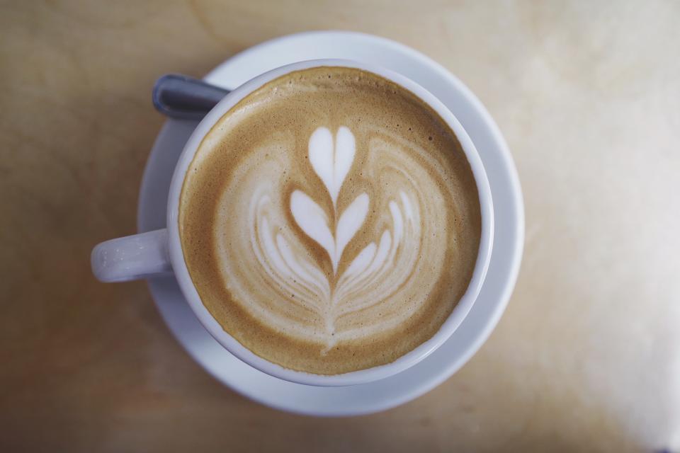 coffee, caffe, latte, art, steamed, milk, froth, foam, cup, saucer, spoon