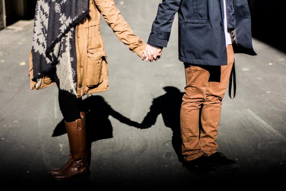 couple, love, romance, people, guy, man, girl, woman, holding hands, hands, fashion, shadow, sunshine, sunlight, family