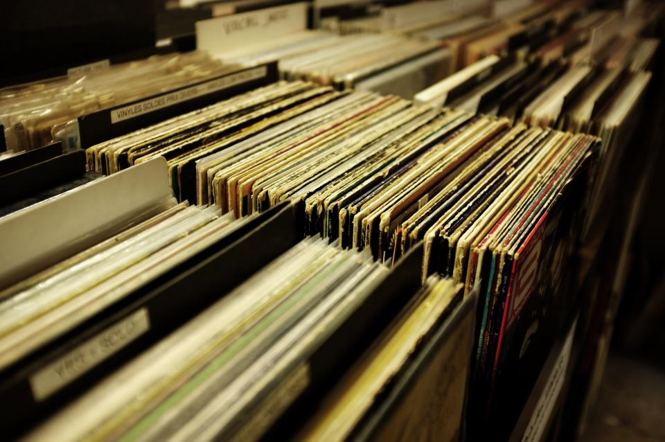 vinyl, music, sound, old, technology, record, vinyl player, aesthetic, album, collection