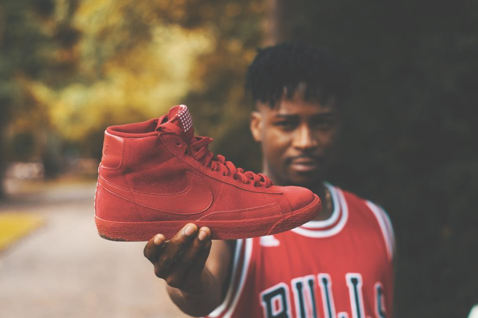 red, shoe, footwear, jersey, outdoor, basketball, player, blur