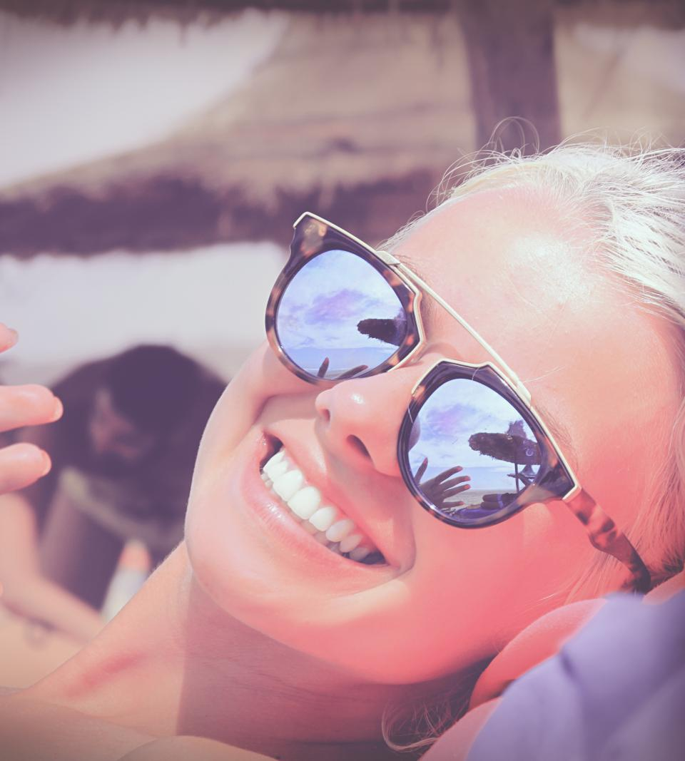people, woman, face, beauty, shades, sunglasses, chill, relax, happy, smile, enjoy, sun, blonde, beach, nature, ocean, sea
