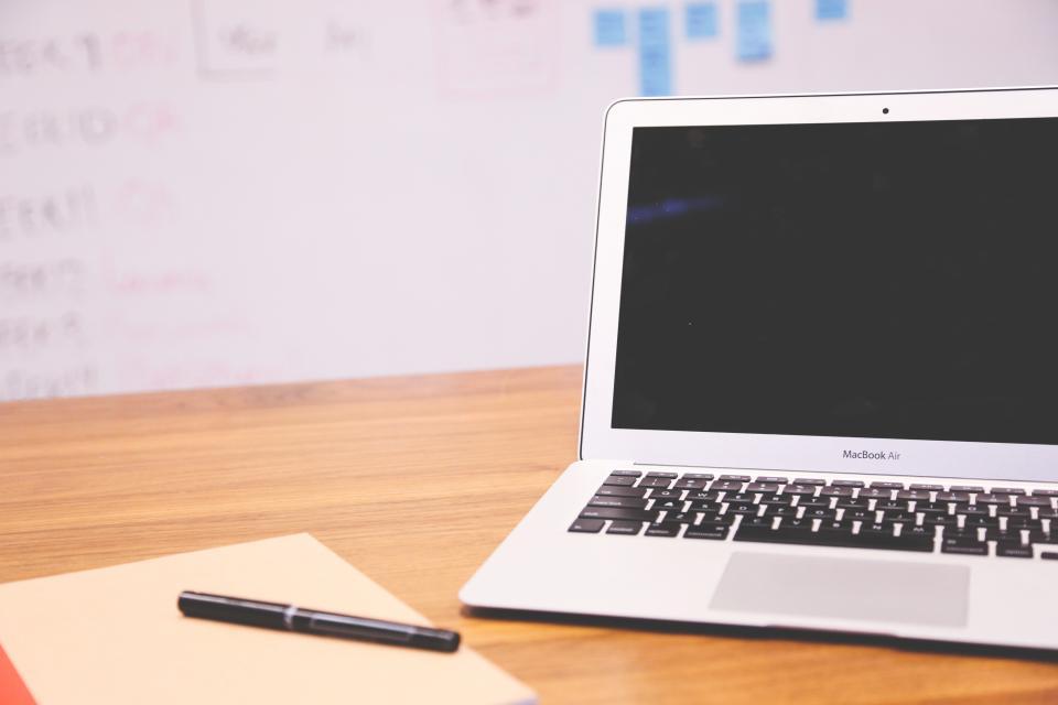 macbook air laptop computer technology notepad notebook pen objects office desk business working whiteboard