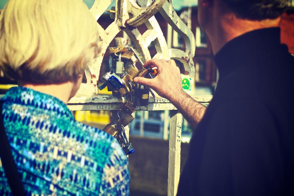 love locks, Ha27;penny Bridge, Dublin, man, woman, people