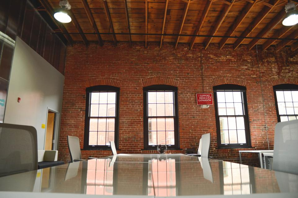 office, startup, business, bricks, windows, chairs, table, meeting