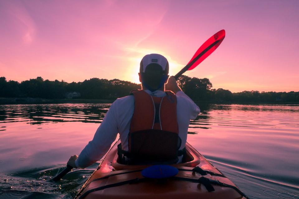 guy, man, kayaking, paddling, outdoors, lake, water, fitness, nature, sunset, dusk, sky, people, life jacket, hat, adventure