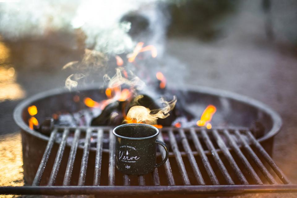cup, mug, grill, steel, fire, flame, charcoal, smoke, camping, outdoor, grilling
