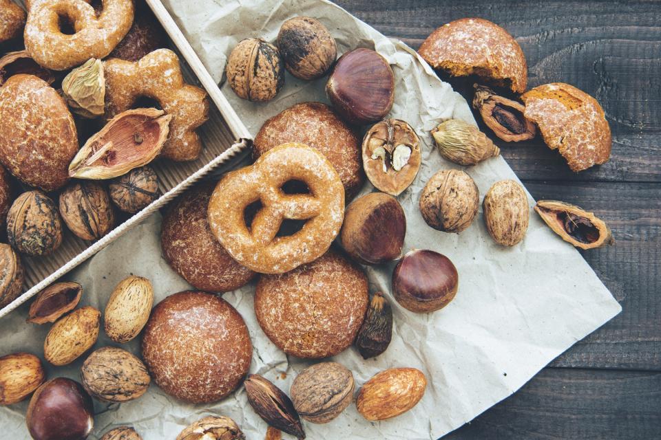 donut, sweet, pretzel, food, dessert, peanut, cookies, bake, baking, food trip, camping