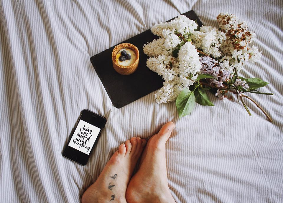 bed, sheet, white, flower, desserts, sweets, food, phone, foot, tattoo
