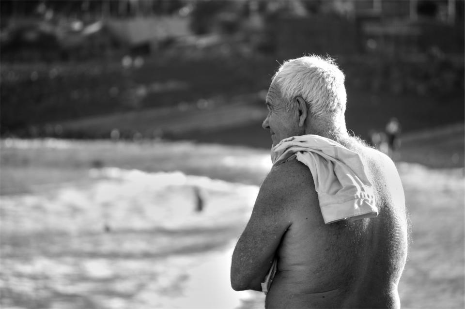 old man beach elderly senior people shore
