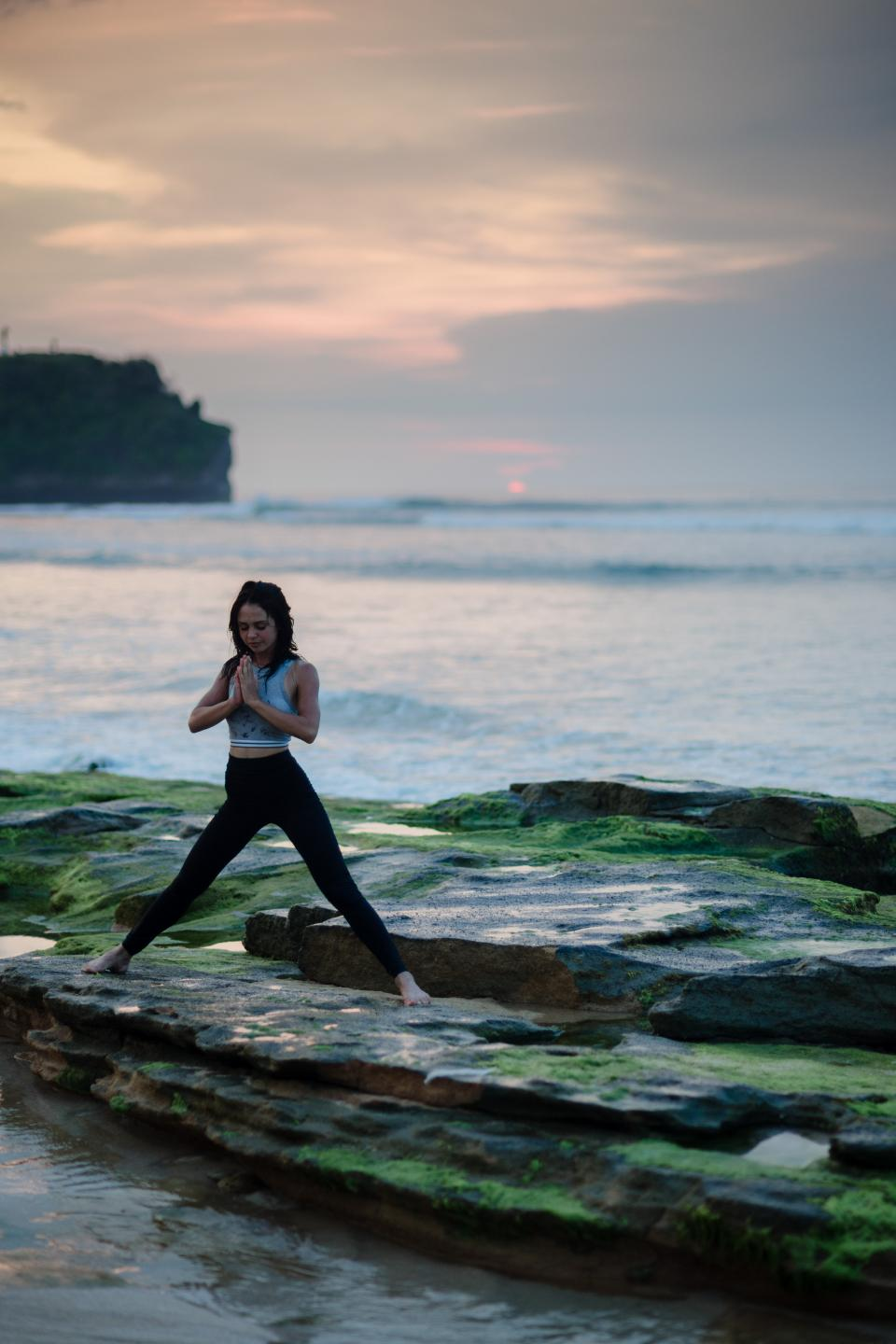 sea, ocean, water, waves, nature, coast, rock, people, girl, woman, health, yoga, meditation, fitness, outdoor, cloud, sky