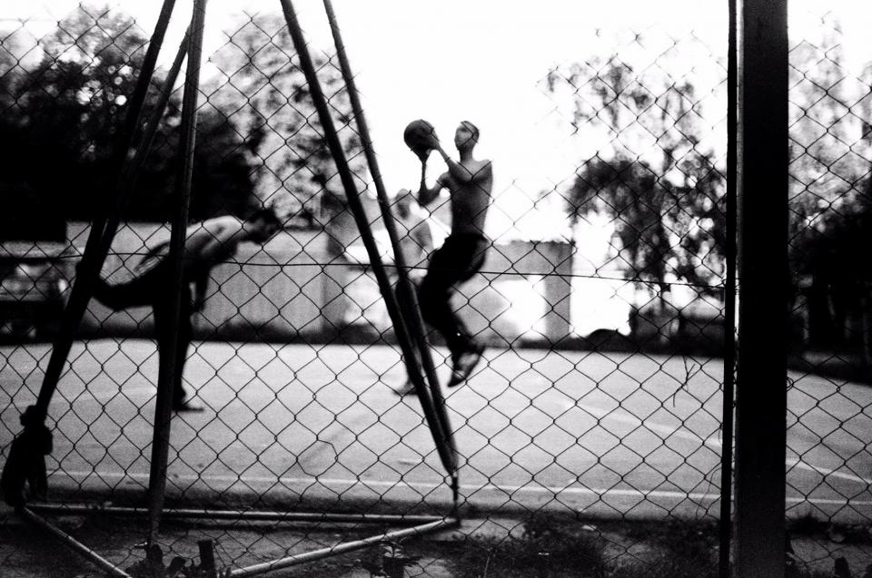basketball, court, fence, people, athletes, sports, fitness, lifestyle, black and white, health