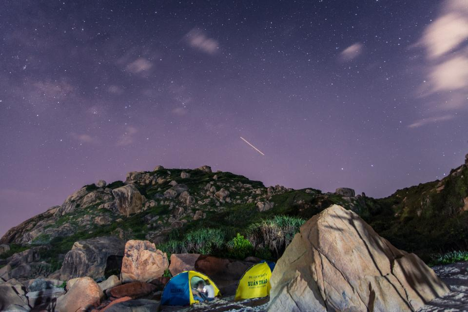 mountain, grass, green, rocks, landscape, view, nature, adventure, camping, hiking, outdoor, tent, people, girl, sky, stars, galaxy