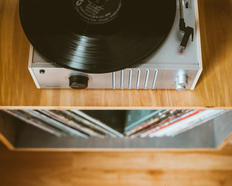 vinyl, music, sound, old, electronic, technology, record, vinyl player, aesthetic