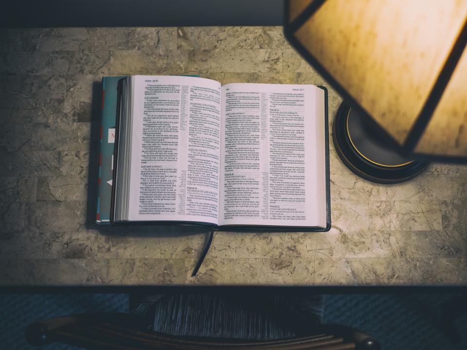 book reading desk study lamp light