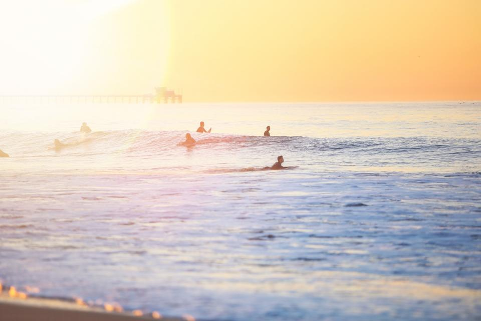 sea, ocean, water, waves, nature, people, swimming, sport, surfing, surfer, horizon, sky, sunset, sunrise