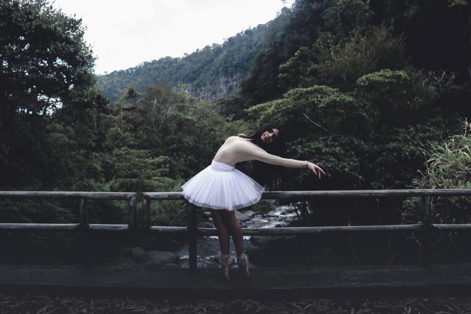 green, trees, plant, nature, forest, bridge, people, girl, woman, dancing, ballet, dancer
