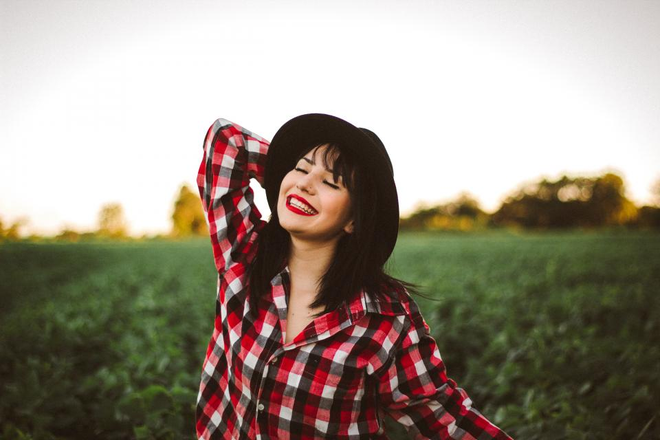 nature, outdoor, green, farm, sky, field, people, woman, smile, happy, girl