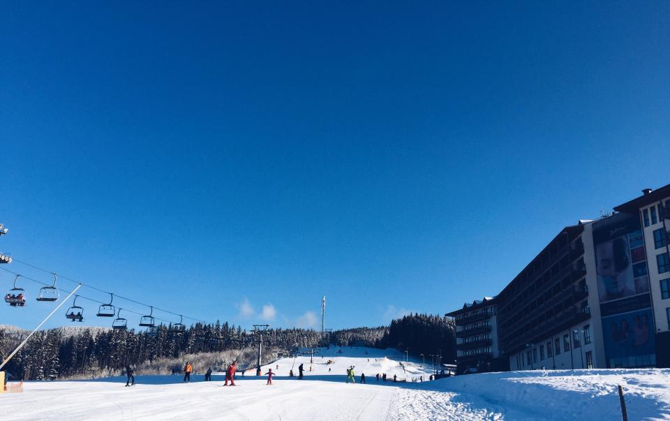 skiing, glide, people, man, woman, children, trip, vacation, adventure, snow, winter, adventure, white, sky, nature, tree, pine, building, establishment, hotel, clouds