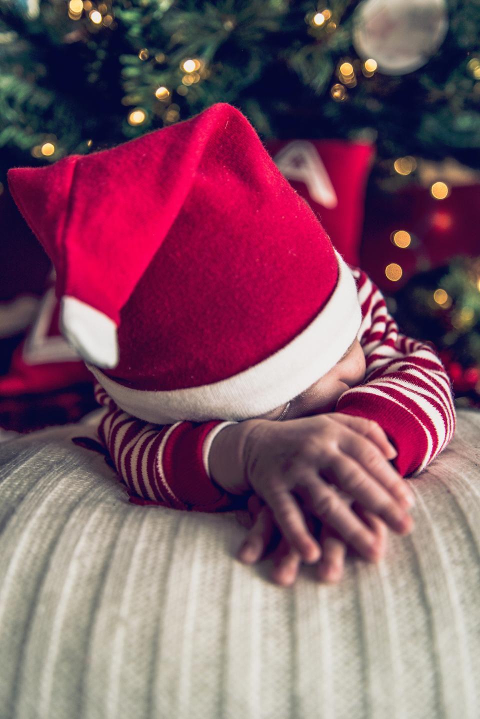 people, red, kid, baby, christmas, lights, bokeh, santa, hat