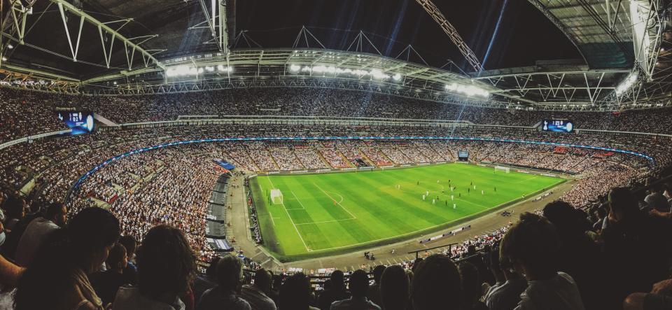 green, field, football, sport, game, crowd, people, audience, men, women, kids, event, stadium, arena, complex, dome, steel, lights