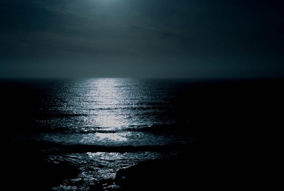 sea ocean water waves nature light night sky horizon