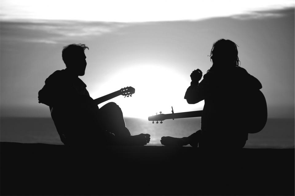 musicians guitars music sunset silhouette people black and white guy girl friends