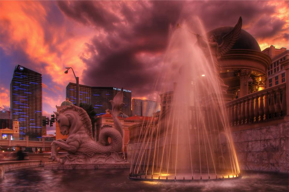 Las Vegas, sunset, hotels, Cosmopolitan, buildings, architecture, fountain, water, sky, clouds