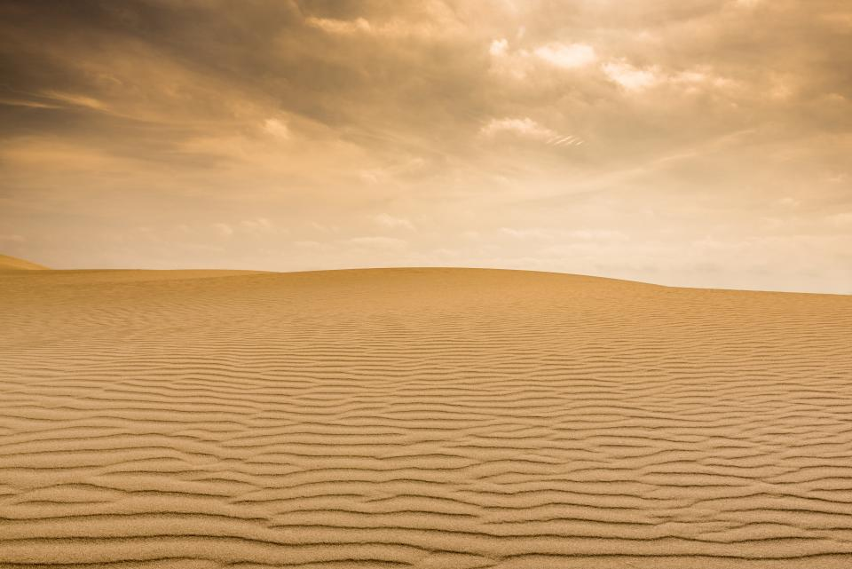 sand, desert, alone, brown, clouds, sky