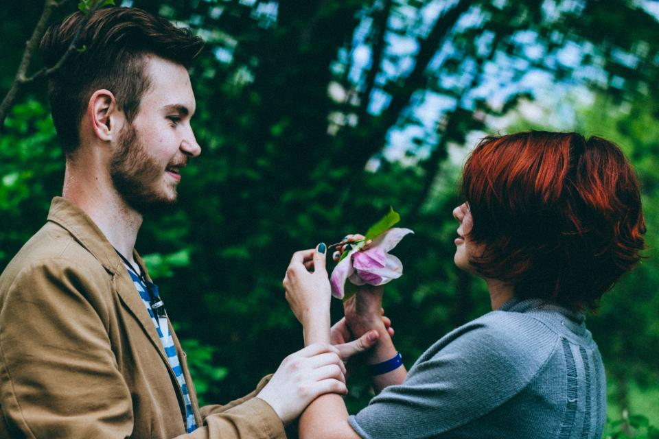 green, tree, plant, nature, flower, people, guy, girl, couple, smile, happy, blur