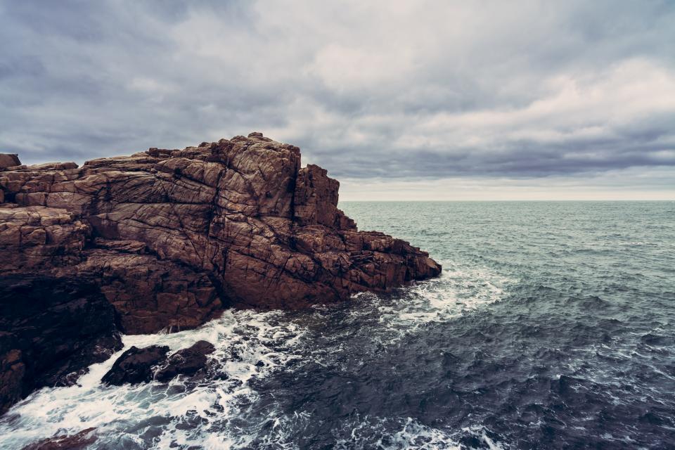 ocean, sea, waves, water, coast, cliffs, rocks, sky, clouds, storm, nature, landscape, horizon