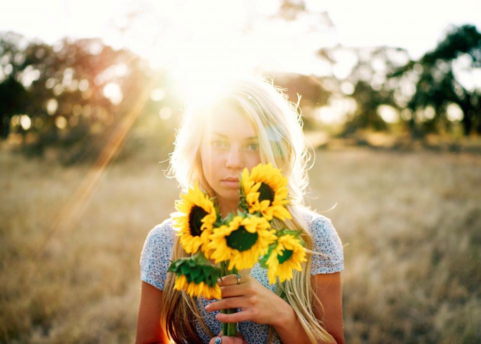 sunflower, yellow, petal, field, farm, garden, nature, plant, sunlight, sunshine, sunrise, bokeh, people, girl, alone