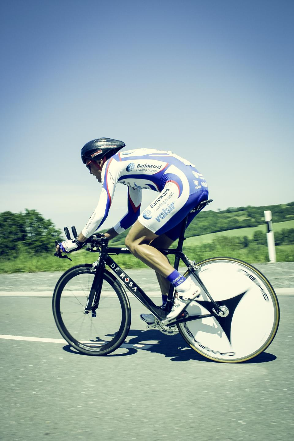 mountain, bike, blue, sky, people, man, ride, bicycle, cyclist, racing, sport, game, sunny, day, road, speed