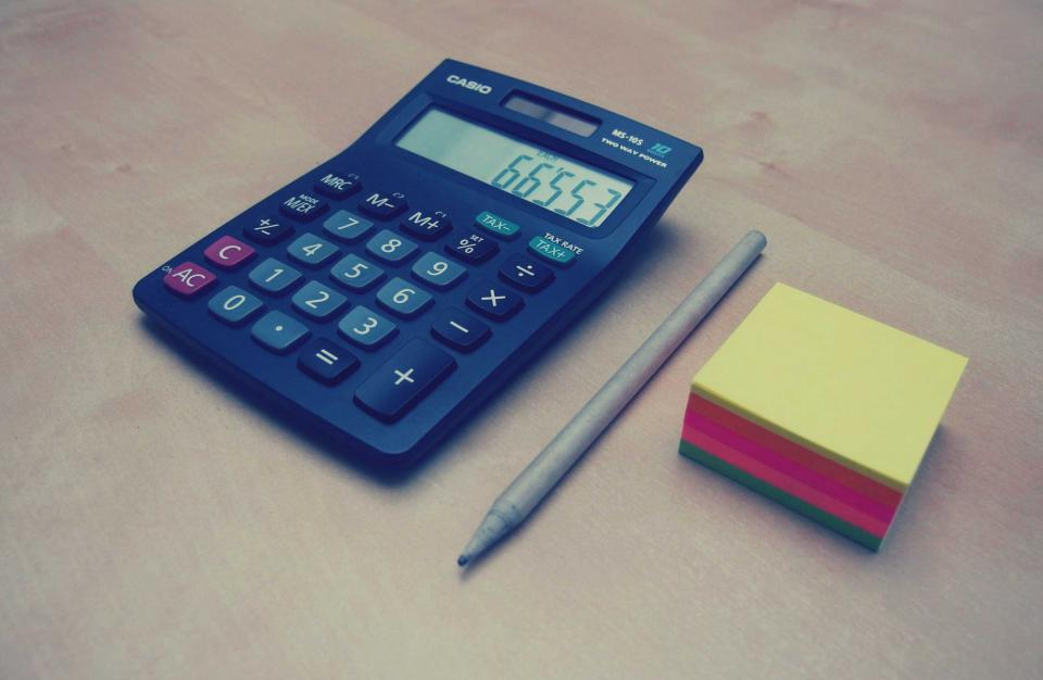 calculator, numbers, accounting, finance, pen, post-it notes, business, office, desk, money