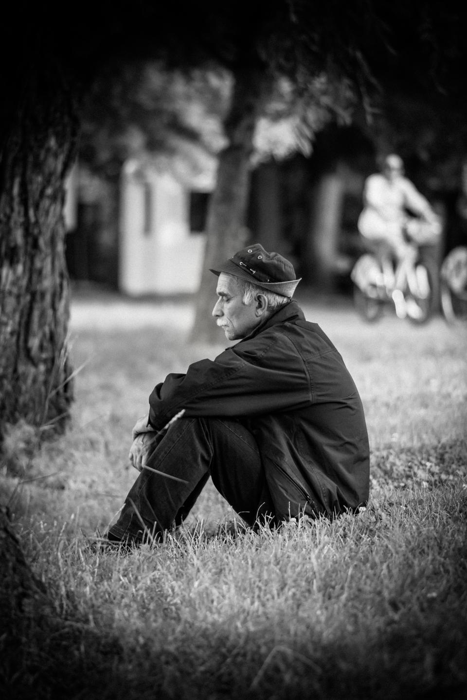 grass, people, old, man, sad, black and white, trees, playground