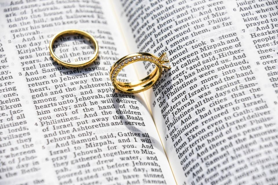 wedding, marriage, ring, bible, catholic, love, intimate, verses, chapter, book, testament, sheets, chapter, verses, vows